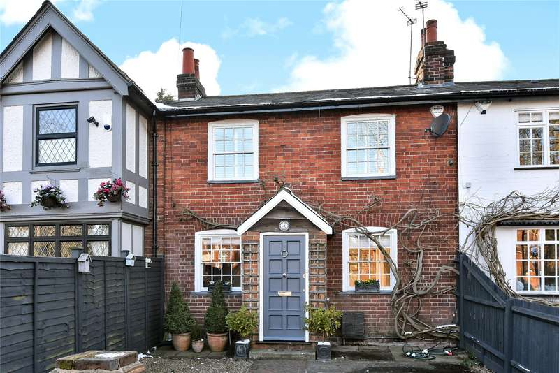 2 Bedrooms Terraced House for sale in Lee Lane, Maidenhead, Berkshire, SL6