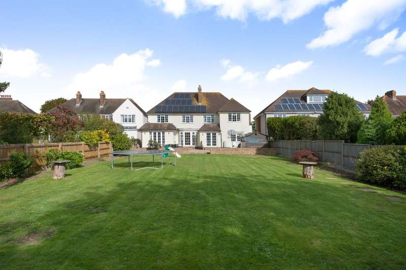 5 Bedrooms Detached House for sale in Cherry Garden Lane, Folkestone, CT19