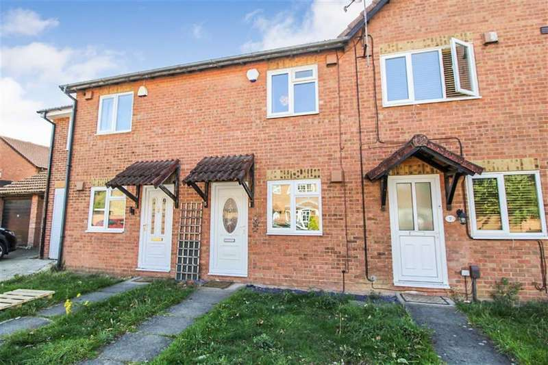 2 Bedrooms Terraced House for sale in Moore Close, Slough, Berkshire