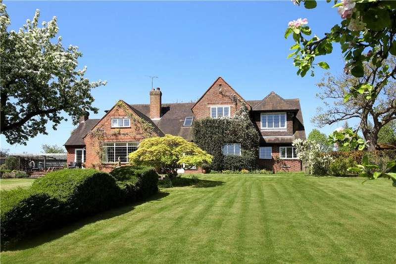 5 Bedrooms Detached House for sale in Andrew Hill Lane, Hedgerley, Buckinghamshire, SL2