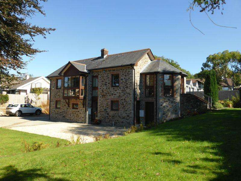4 Bedrooms Detached House for sale in Cott Road, Lostwithiel