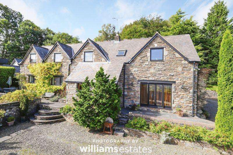 5 Bedrooms Detached House for sale in Clawddnewydd, Ruthin