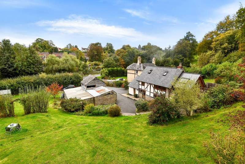 4 Bedrooms Detached House for sale in Kington, Herefordshire, HR5