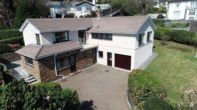 4 Bedrooms Detached Bungalow for sale in Trevarrick Road, ST AUSTELL, Cornwall