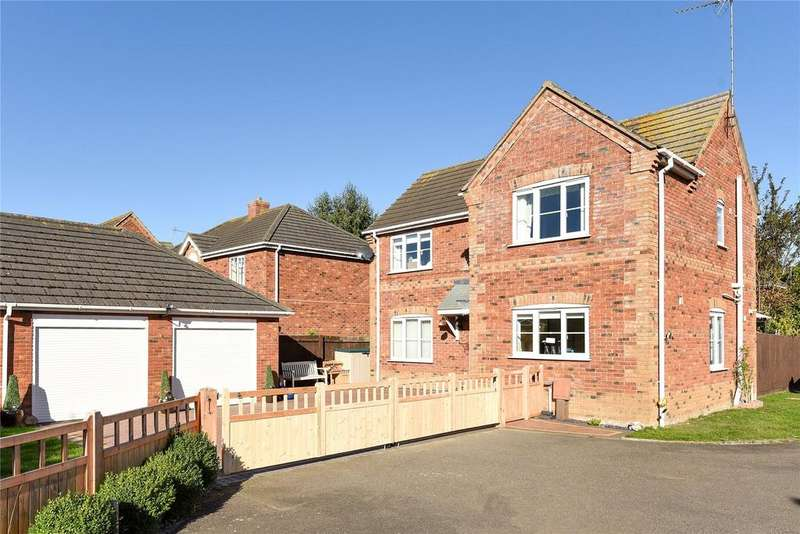 3 Bedrooms Detached House for sale in Tulip Fields, Whaplode, PE12
