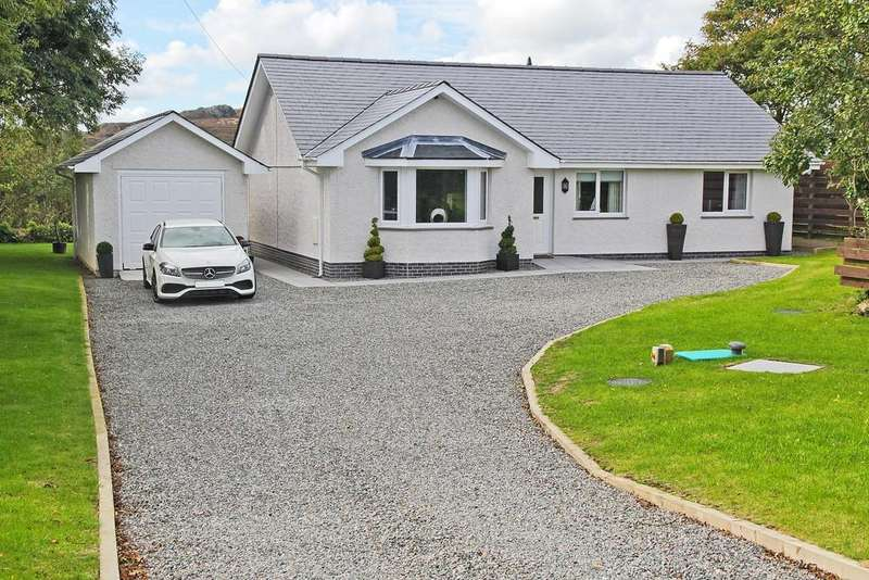 3 Bedrooms Detached Bungalow for sale in Plas Llwyd, Cerrig Man, North Wales