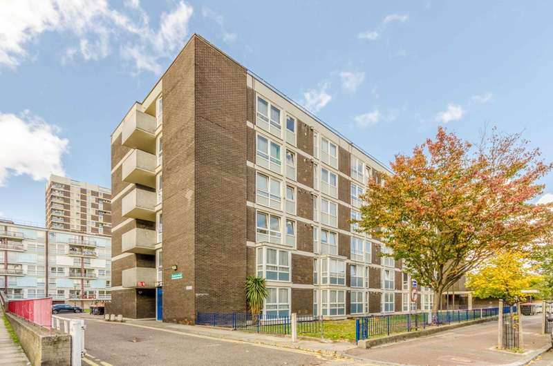 1 Bedroom Flat for sale in St Martins Court, De Beauvoir Town, N1