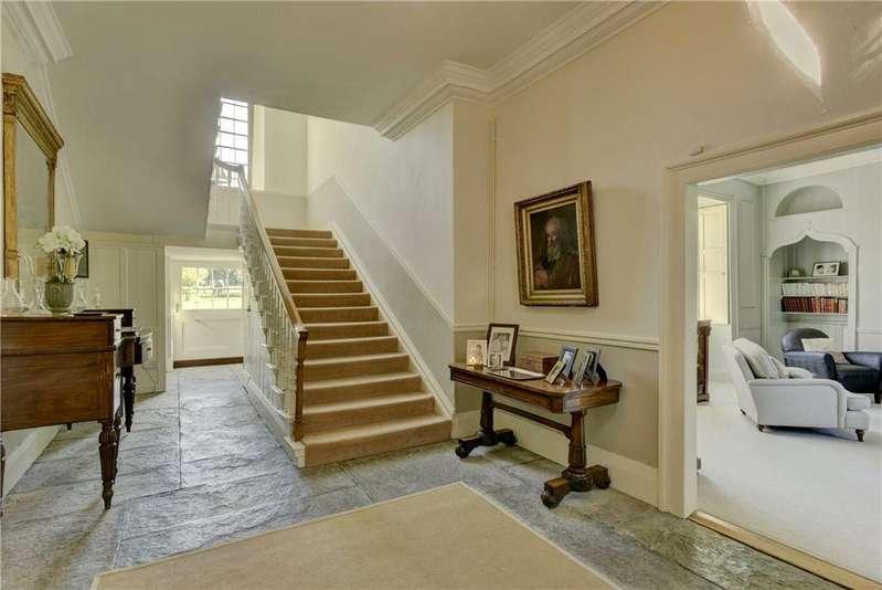 5 Bedrooms Detached House for sale in West Camel, Somerset, BA22