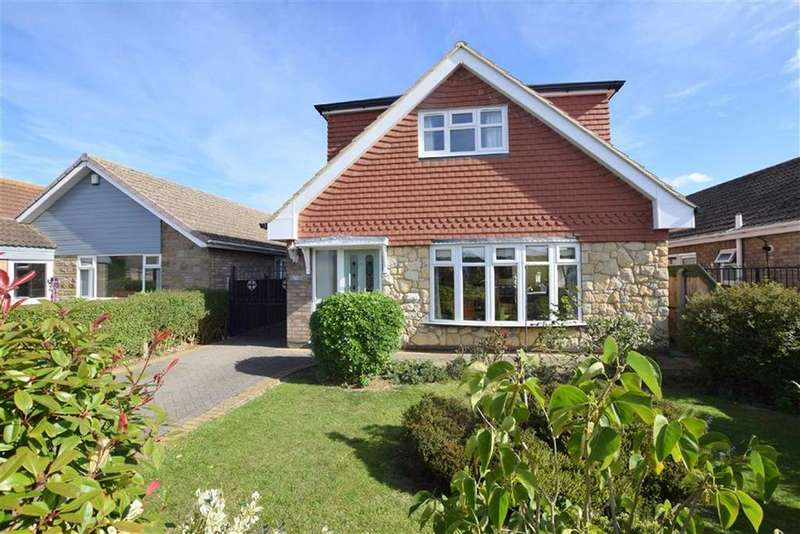3 Bedrooms Bungalow for sale in Berkeley Road, Cleethorpes, North East Lincolnshire