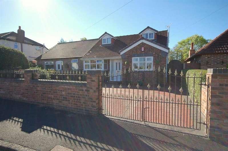3 Bedrooms Semi Detached Bungalow for sale in Holland Street, Crewe