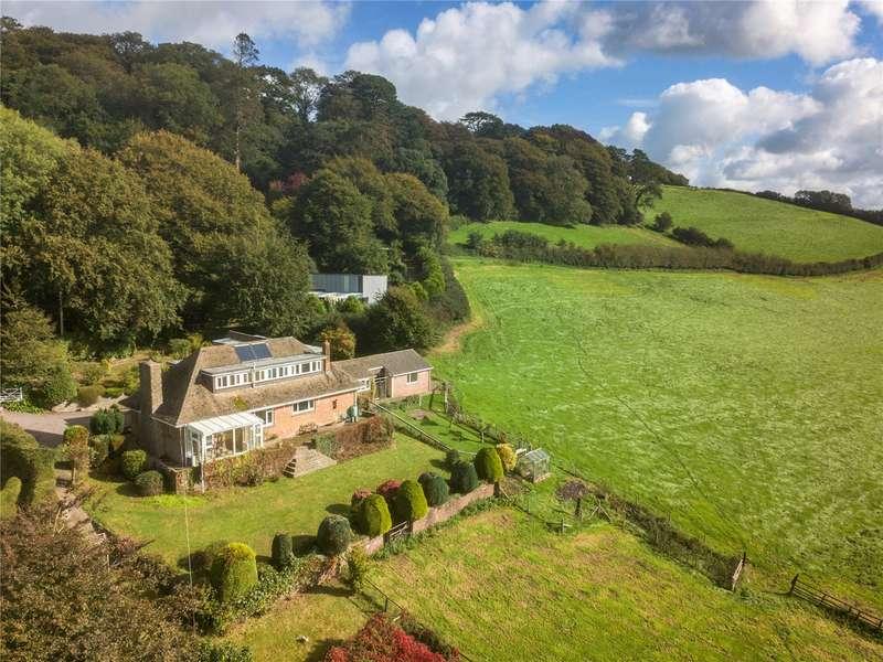 5 Bedrooms Detached House for sale in Roborough Hill, Barnstaple, Devon, EX31