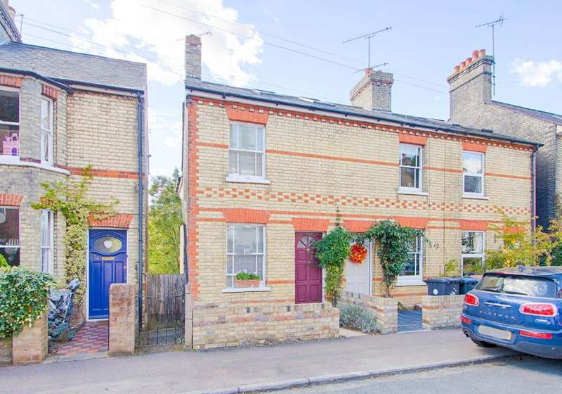 3 Bedrooms Semi Detached House for sale in Wellington Street, Hertford