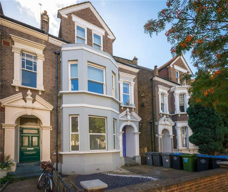2 Bedrooms Flat for sale in Buckley Road, London, NW6