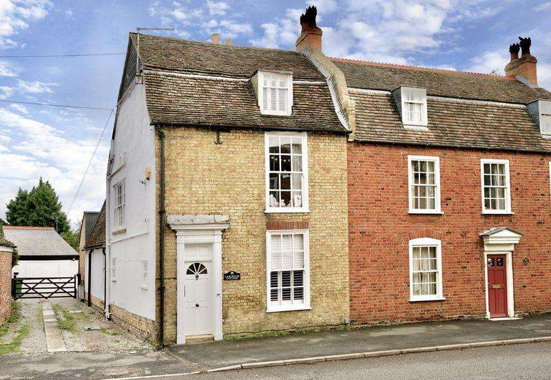 4 Bedrooms Unique Property for sale in Post Street, Godmanchester, Huntingdon.