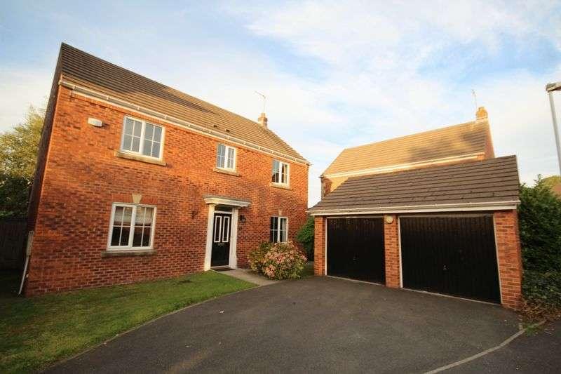 4 Bedrooms Property for sale in TANGMERE AVENUE, Hopwood, Heywood OL10 2WA