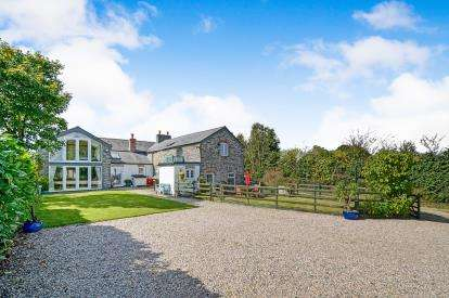 6 Bedrooms Detached House for sale in Wadebridge, Cornwall, Uk