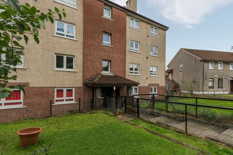 3 Bedrooms Flat for sale in Langfaulds Crescent, Clydebank, G81 5HH