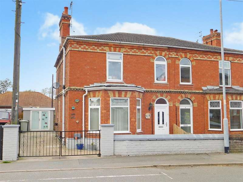 3 Bedrooms Semi Detached House for sale in South End, Hogsthorpe, Skegness, PE24 5NE