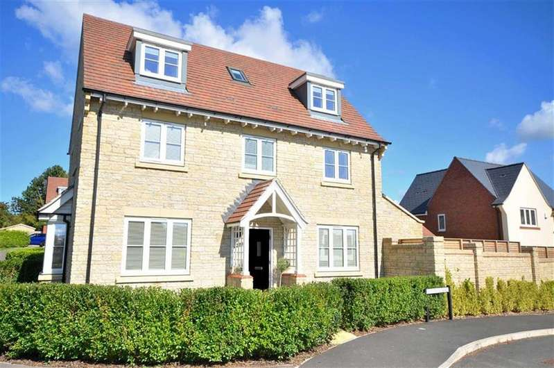 4 Bedrooms Detached House for sale in Armstrong Road, Cheltenham, Gloucestershire