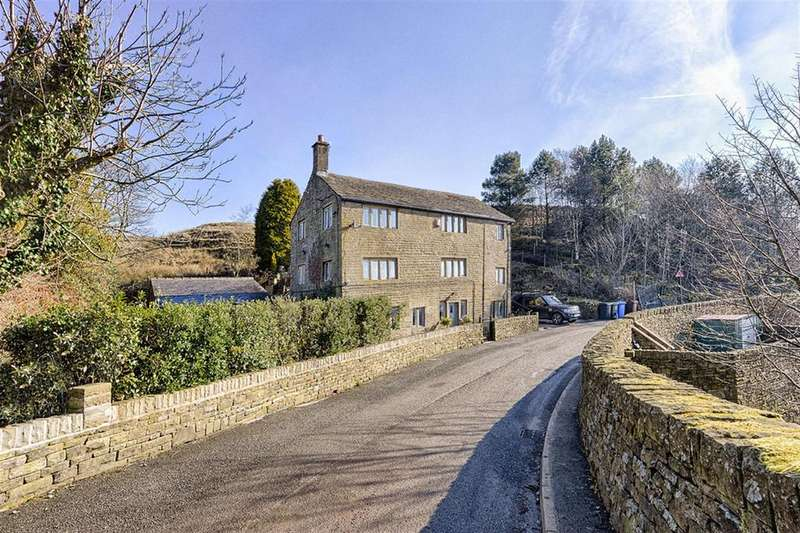5 Bedrooms Detached House for sale in Thurston Clough Road, Dobcross, OL3 5RG
