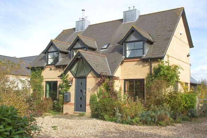4 Bedrooms Detached House for sale in Drury Lane, Wicken