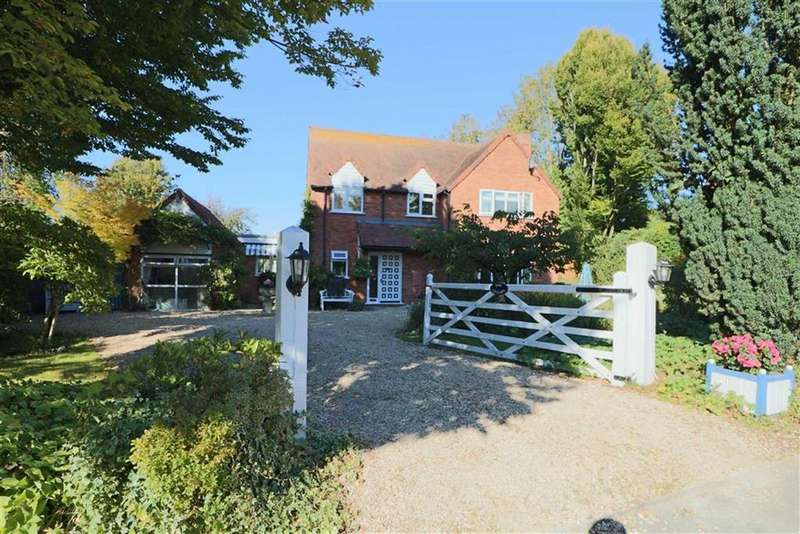 4 Bedrooms Detached House for sale in Redmarley, Gloucester