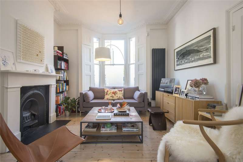 3 Bedrooms Terraced House for sale in Glenarm Road, London, E5