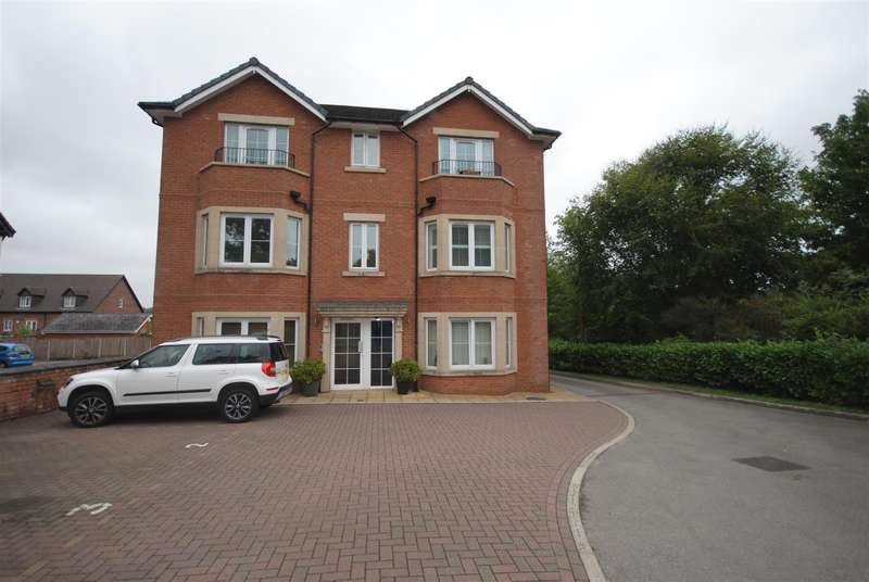 2 Bedrooms Apartment Flat for sale in Wigan Road, Standish, Wigan