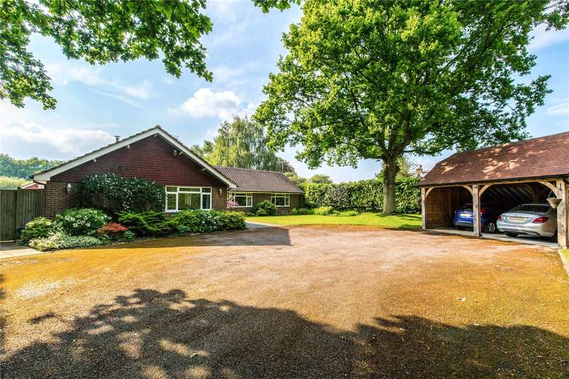 5 Bedrooms Detached Bungalow for sale in Lower Station Road, Newick, Lewes, East Sussex, BN8