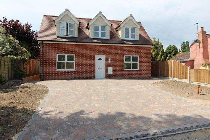 3 Bedrooms Detached House for sale in Folkards Lane, Brightlingea, Colchester, Essex CO7