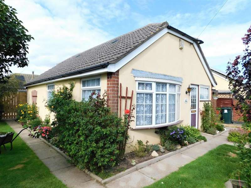2 Bedrooms Bungalow for sale in The Strand, Mablethorpe, LN12 1BQ