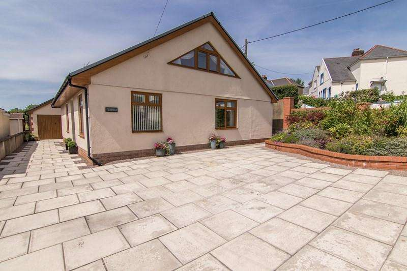 4 Bedrooms Bungalow for sale in Merthyr Road, Llwydcoed, Aberdare