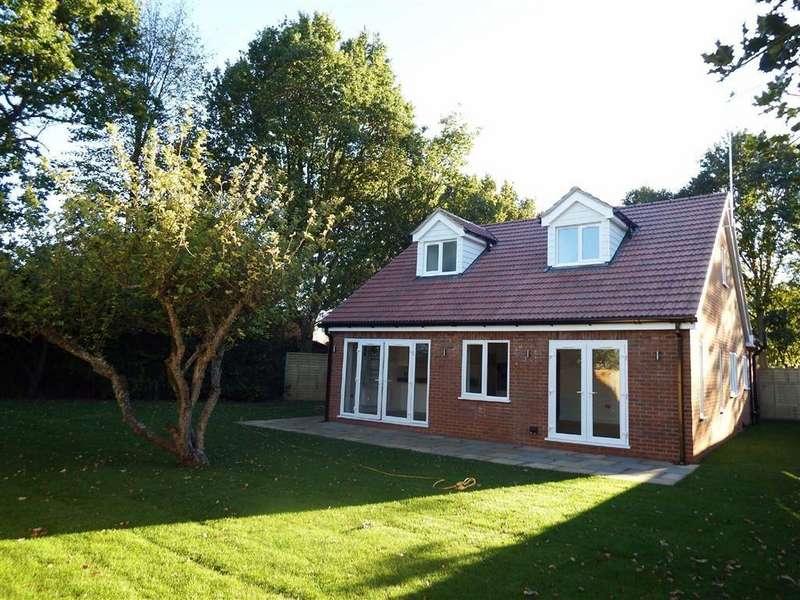 3 Bedrooms Detached House for sale in Trafford Court, Stevenage, Hertfordshire, SG1