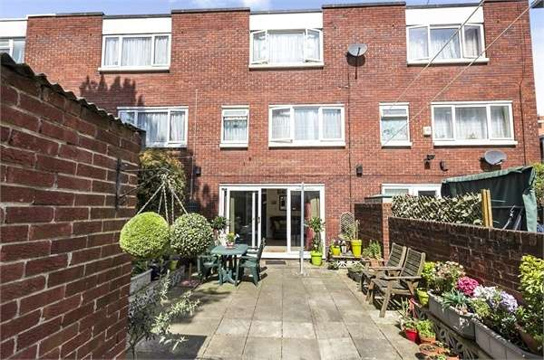 4 Bedrooms Terraced House for sale in Morville Street, London