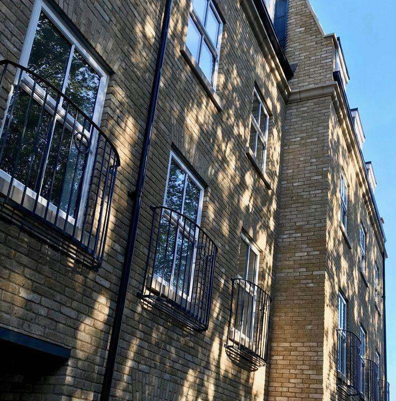 1 Bedroom Apartment Flat for sale in Cadogan Close, London