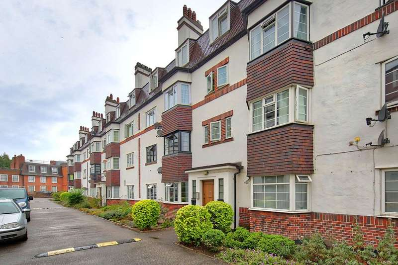 2 Bedrooms Flat for sale in Elphinstone Court, Barrow Road, Streatham