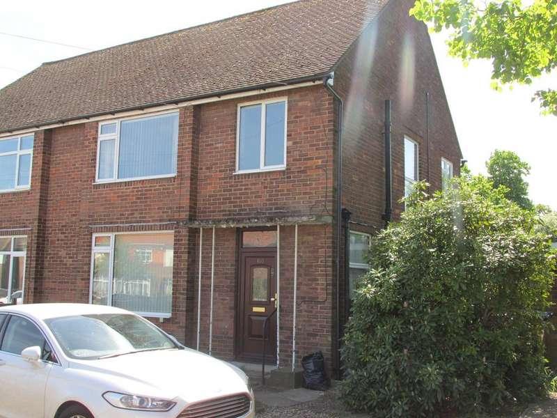 3 Bedrooms Semi Detached House for sale in Birchwood Avenue , Hatfield AL10