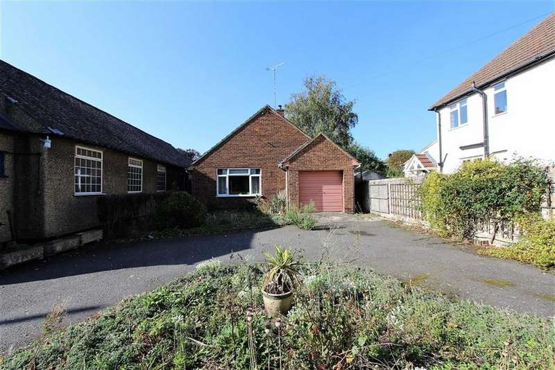 2 Bedrooms Detached Bungalow for sale in Mentmore Road, Linslade