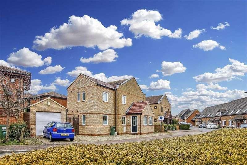 4 Bedrooms Detached House for sale in Redding Grove, Crownhill, Milton Keynes, Bucks