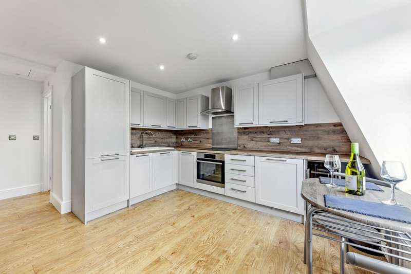 1 Bedroom Flat for sale in Dyne Road, West Hampstead, London, NW6