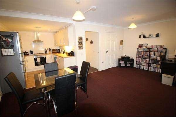2 Bedrooms Flat for sale in High Street, LESLIE, Fife