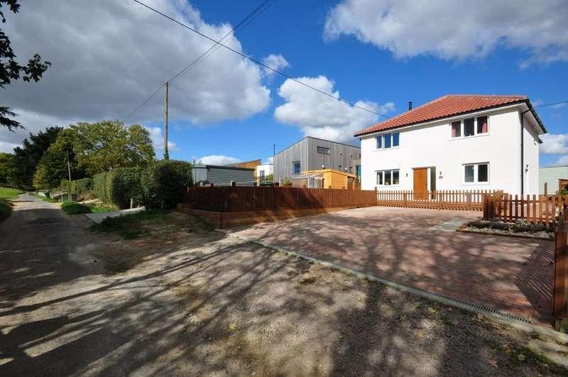 4 Bedrooms Detached House for sale in Brook Lane, Needham