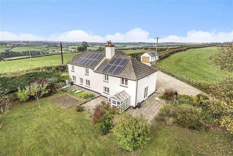 5 Bedrooms Detached House for sale in Boyton, Launceston, Cornwall, PL15