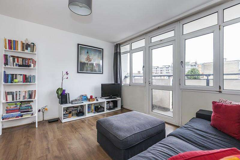 1 Bedroom Flat for sale in Comyns Close, Canning Town, London. E16 4JJ