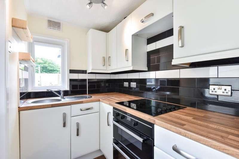 2 Bedrooms House for sale in Railway Road, Newbury, RG14