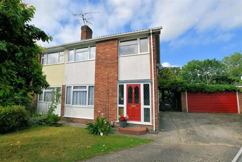 4 Bedrooms Semi Detached House for sale in Gwynne Close, Tilehurst, Reading