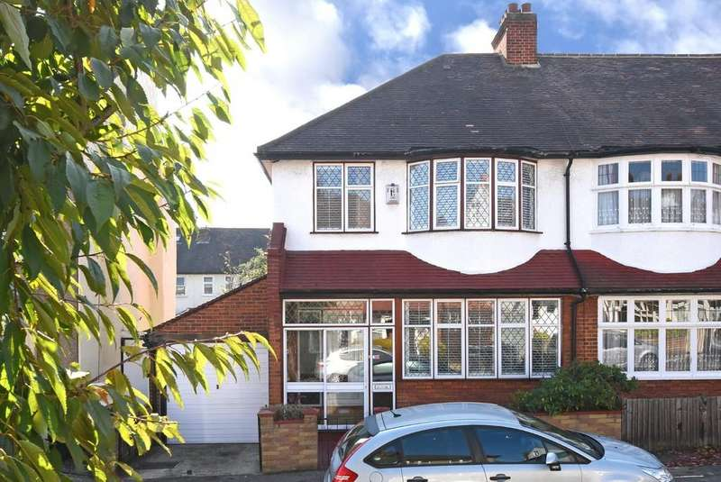 3 Bedrooms Semi Detached House for sale in Holmesley Road SE23