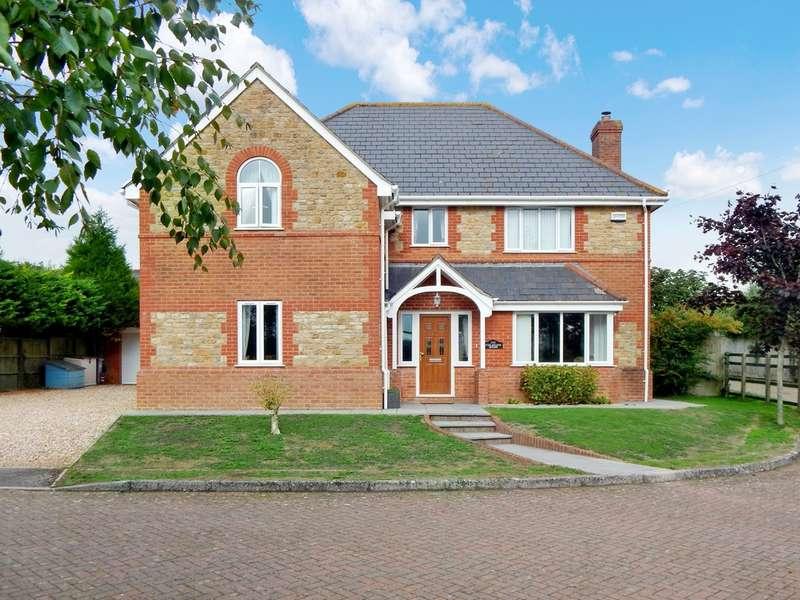 5 Bedrooms Detached House for sale in Dancing Lane, Wincanton