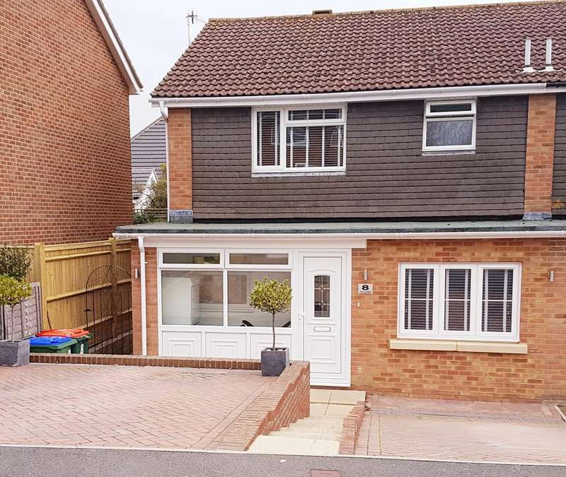 4 Bedrooms Semi Detached House for sale in The Compts, Peacehaven, East Sussex