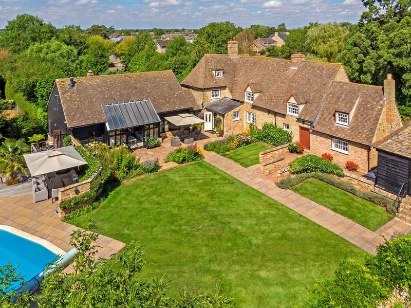 6 Bedrooms Detached House for sale in Middle Watch, Swavesey, Cambridgeshire, CB24